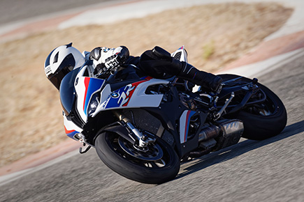 P90327349_highRes_the-new-bmw-s-1000-r.jpg